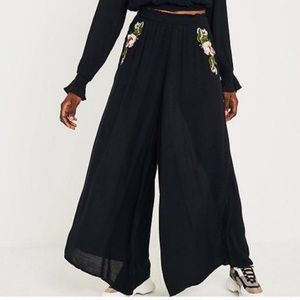 NWT Free People Embroidered Pull On Pants XS